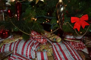 pressies wrapped and unwrapped